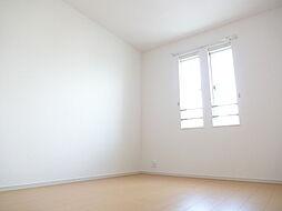 プラシードIIのオシャレな窓付きです。