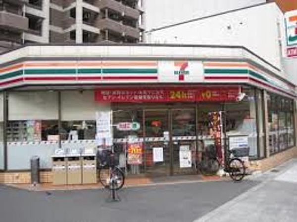 セブンイレブン大阪玉造1丁目店 210m