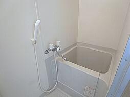 戸崎通3丁目ハイツの清潔感のあるバスルーム