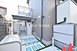 東京都新宿区市谷田町2丁目の賃貸アパートの外観