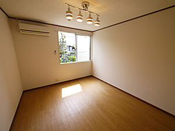 東京都世田谷区喜多見9丁目の賃貸アパートの外観
