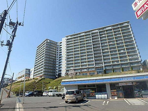 ロイヤルパークス若葉台 4階の賃貸【東京都 / 稲城市】