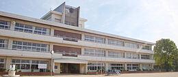 小宅小学校 1250m