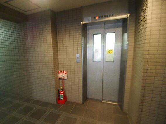 エレベーターも...