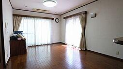 茨木市真砂三丁目二世帯住宅 5LDKの居間