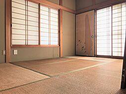 様々なシーンで活用できる和室がついていて便利ですね。
