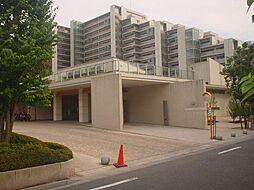 東京都調布市上石原3丁目の賃貸マンションの外観