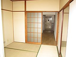 コーポアジマの和室