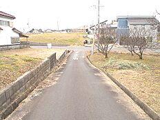 約4mの前面道路です。