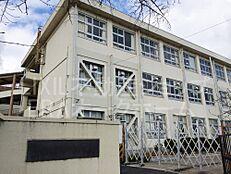 小学校奈良市立 あやめ池小学校まで658m