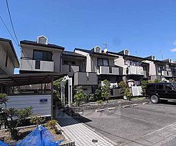 京都府京都市西京区桂上野東町の賃貸アパートの外観