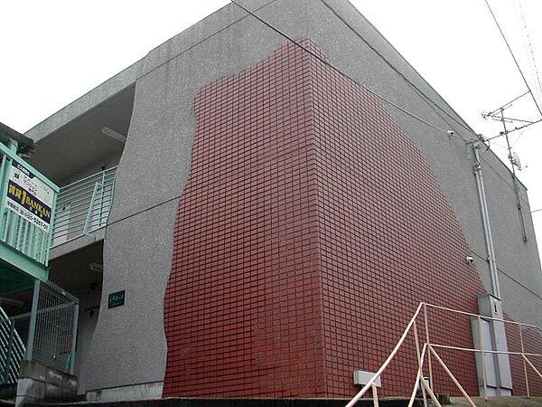 ルミエール[1階]の外観