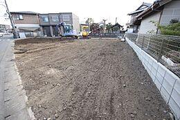 41坪の広々とした土地は建築条件がないのでお好きなハウスメーカーで建築可能です。