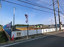 千葉県富里市立沢新田の賃貸マンションの外観