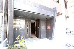クリスタルブライト谷町[3階]の外観