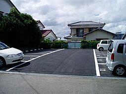 希望ヶ丘有料駐車場