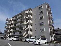 山梨県中央市西新居の賃貸マンションの外観