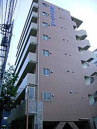 外観(鉄筋コンクリート8階建て。人気の大森駅徒歩6分。)