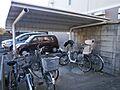 屋根付きの駐輪...