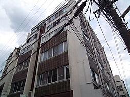 サドワニマンション[1階]の外観
