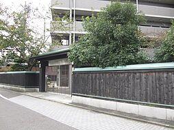 ファヴォール白壁[2階]の外観