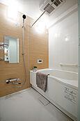 浴室乾燥機付きの浴室です。
