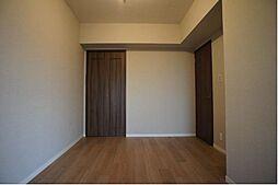6帖の洋室は主寝室として使えます