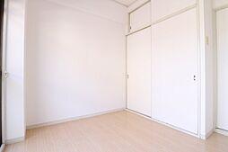 パル東須磨の洋室