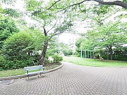 西綾瀬そよかぜ公園(462m)