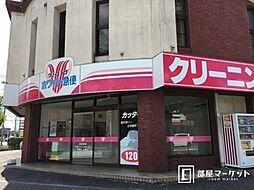 愛知県岡崎市六名東町の賃貸アパートの外観