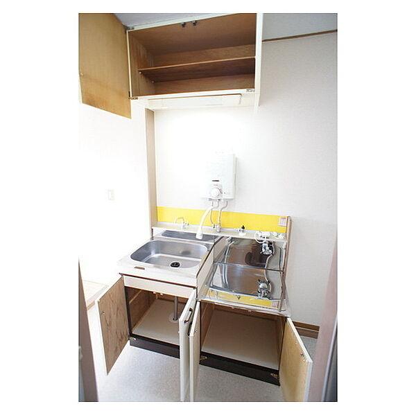 中山ハイツの調理器具もシッカリ収納