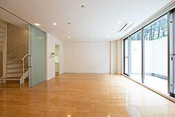 東京メトロ銀座線 赤坂見附駅 徒歩5分の賃貸マンション 1階1LDKの間取り