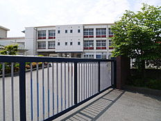 加古川市立野口小学校まで460m