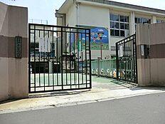 千駄谷幼稚園(約110m約2分)