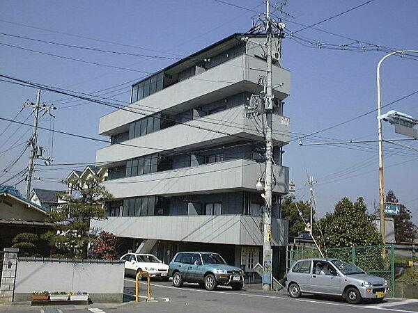 グランディービル奈良道[4階]の外観