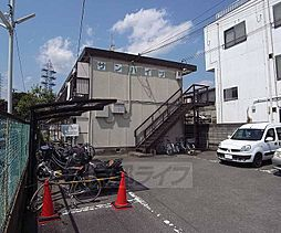 京都府京都市右京区西院日照町の賃貸アパートの外観
