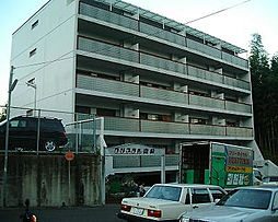 クリスタル山崎[105号室]の外観