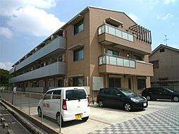 大阪府高槻市大塚町1丁目の賃貸マンションの外観