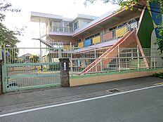 あけの星幼稚園 810m