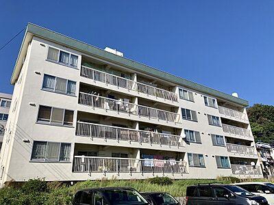御影駅から10分の好立地です。緑の多い静かな住宅地です。室内全面リフォームしてからお引渡しになります。,2LDK,面積74.82m2,価格1,080万円,阪急神戸本線 御影駅 徒歩11分,,兵庫県神戸市東灘区御影山手3丁目1-9