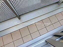 フィカーサ鎌倉の風通しの良いバルコニー