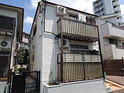 東京都世田谷区下馬2丁目の賃貸アパートの外観