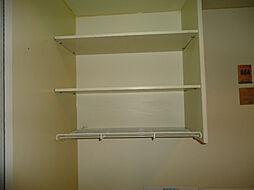 ジョイフル長田のキッチン棚
