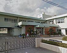 小学校西貴志小学校まで600m