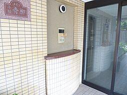 正面玄関 オートロック 現地(2017年8月)撮影