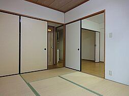 レジデンスオザックの和室