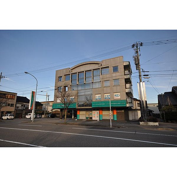 FISTA芳野 3階の賃貸【富山県 / 高岡市】
