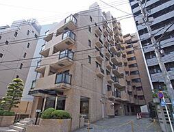 東京都新宿区下宮比町の賃貸マンションの外観