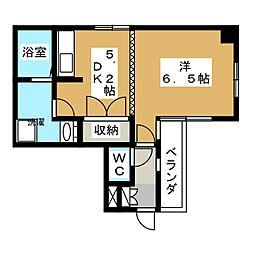 プティ・ハイム本町[5階]の間取り