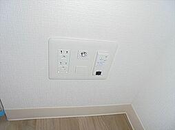 写真は違う階のお部屋の参考写真になります。